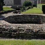 Resti della torre delle mura romane presso il teatro romano. Fotografia di Plinio Martelli, 2010. © MuseoTorino.