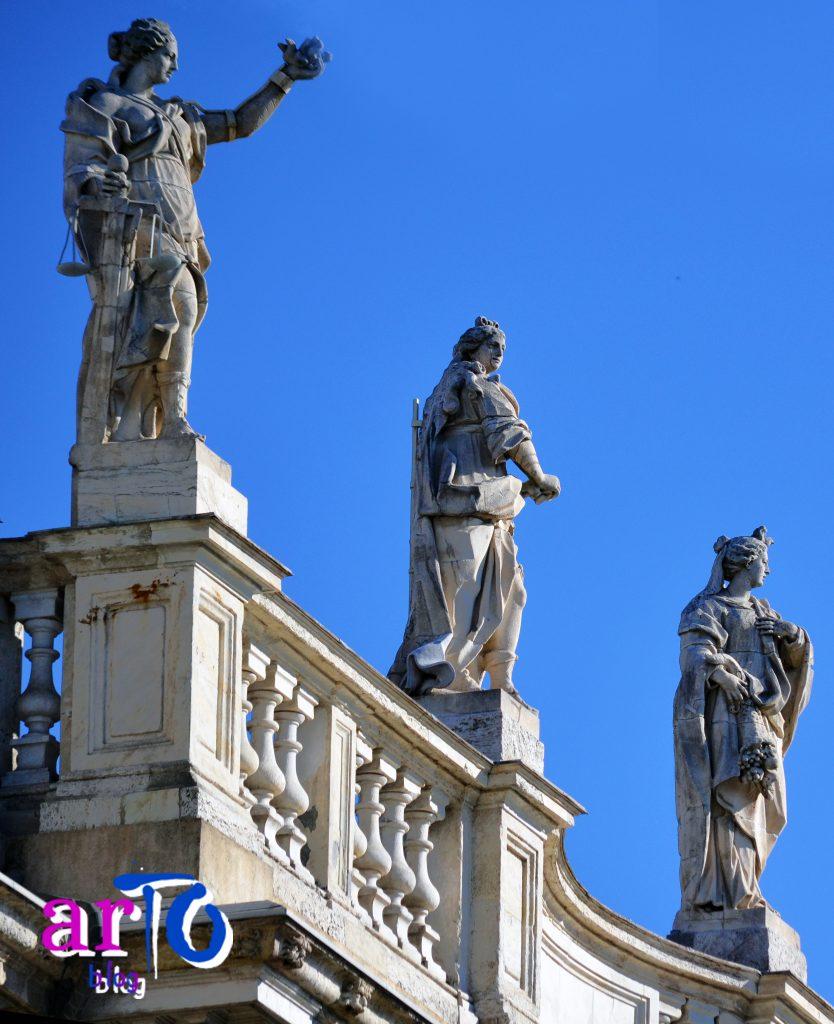 La mia galleria fotografica di Torino - Balaustra di Palazzo Madama
