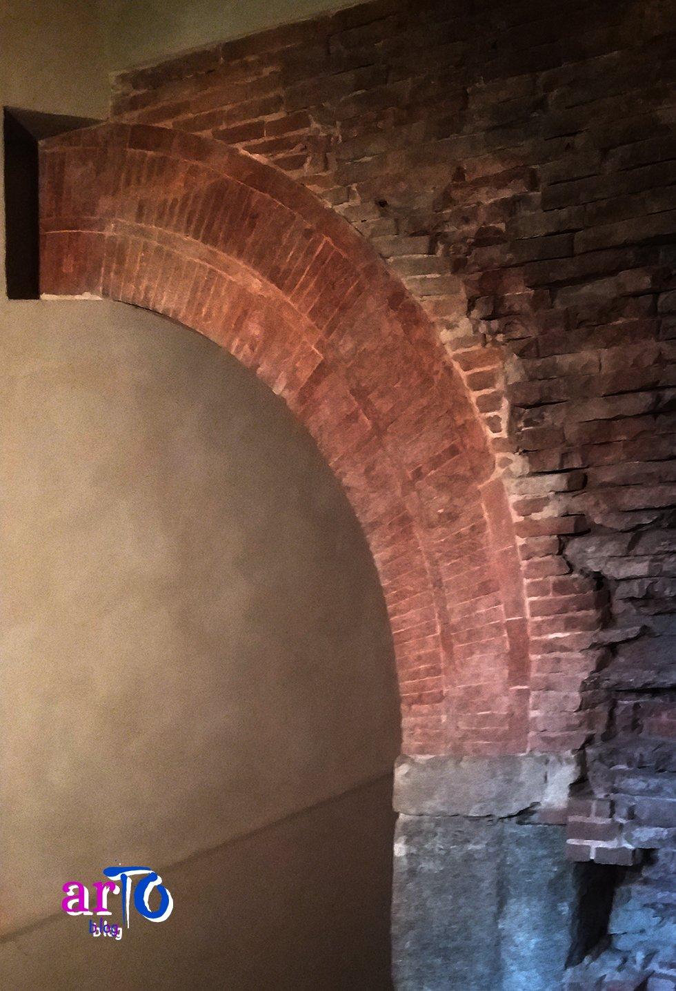 Porta Fibellona conservata all'interno di Palazzo Madama a Torino