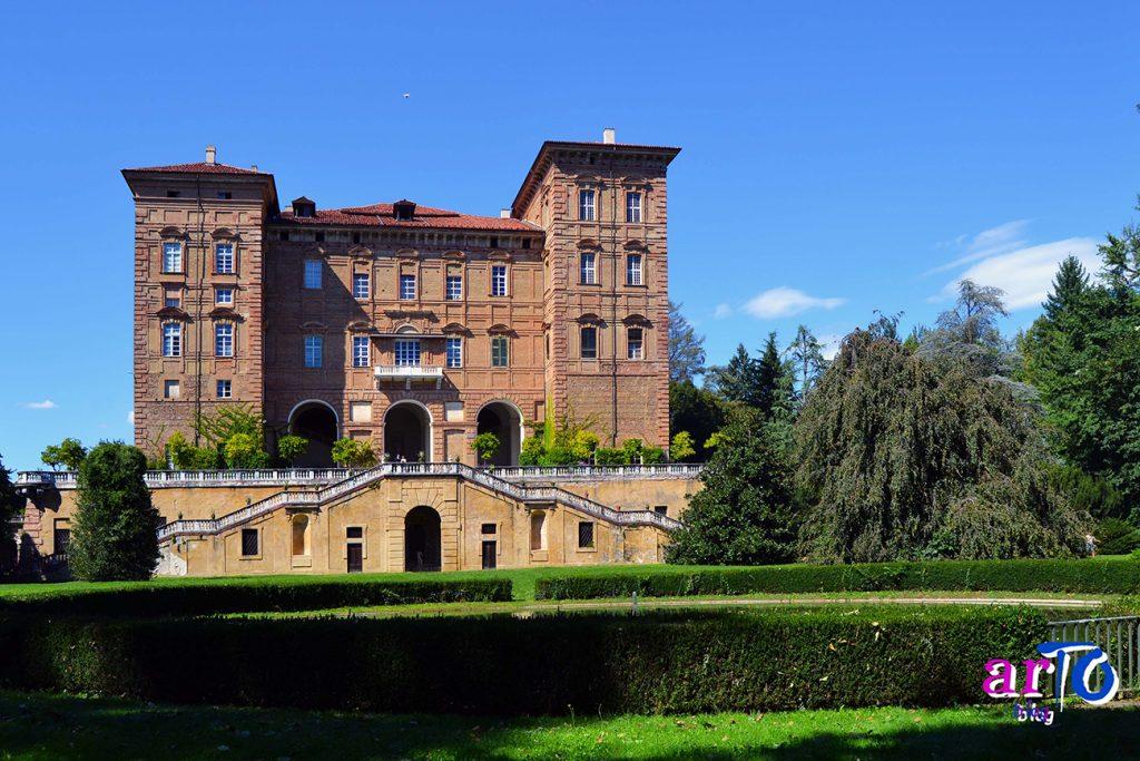 Facciata sul giardino del Castello di Agliè