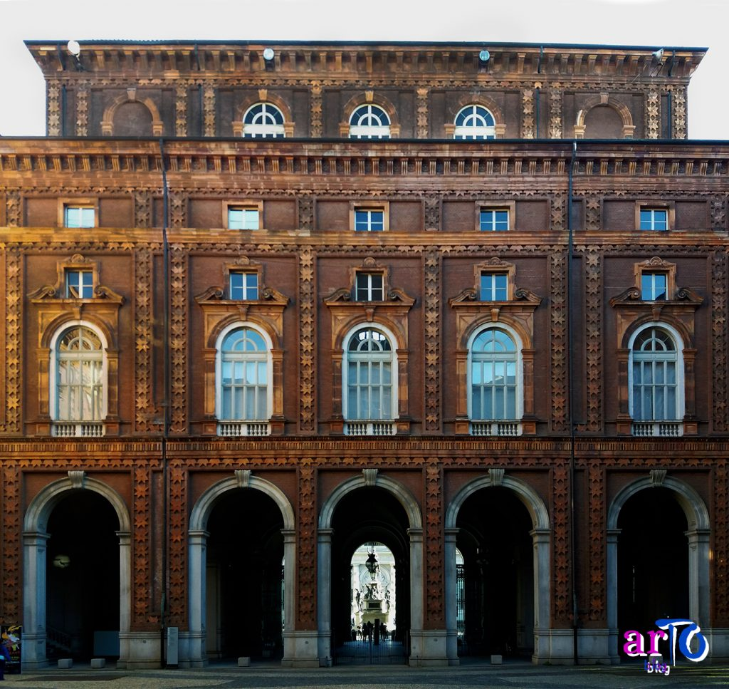 cortile interno Palazzo Carignano Torino