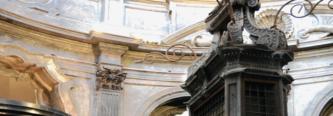 Il restauro dell'altare della cappella della Sindone